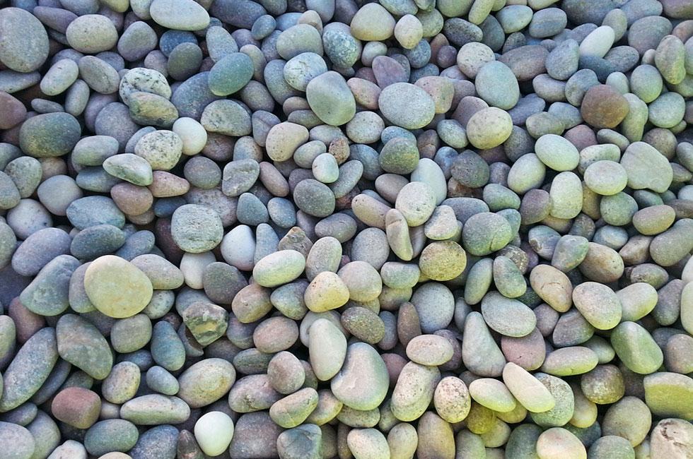 20 30mm Scottish Pebbles